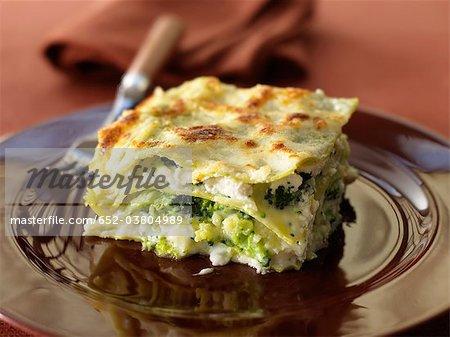 Lasagnes with romanesco cabbage and broccolis