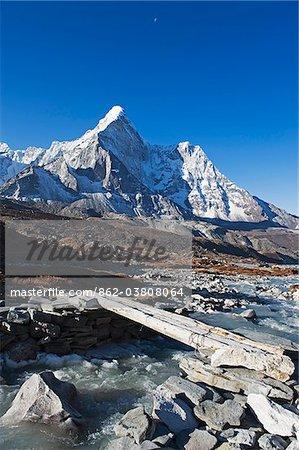 Asie, Népal, Himalaya, Parc National de Sagarmatha, Solu Khumbu Everest région, patrimoine mondial de l'Unesco, Ama Dablam (6812m)