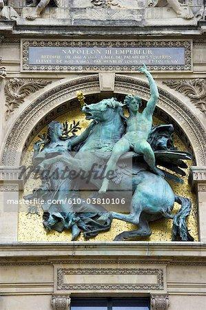 France, Paris (75), Ile de France, le Louvre, la statue de Napoléon III