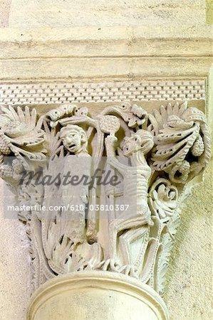 Basilique Bourgogne, saint andoche de Saulieu France,