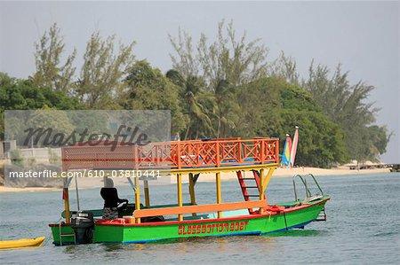 Barbade, bateau à fond de verre