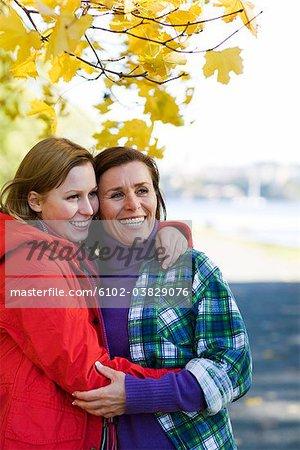 Portrait de deux femmes, Suède.
