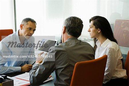 Unternehmer Treffen mit Kunden
