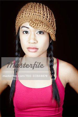 Portrait de femme avec chapeau