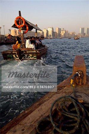 Vue sur la crique de Dubaï, Dubai, Émirats Arabes Unis, Moyen-Orient