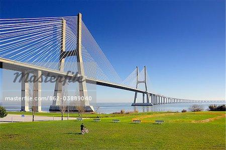 Vasco da Gama Bridge over the Tagus river (rio Tejo), Lisbon, Portugal
