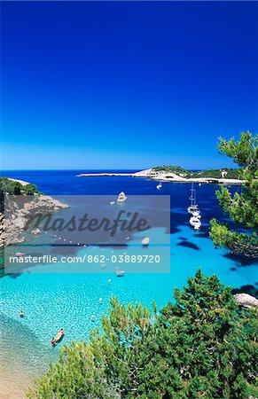 Küste in der Nähe von Portinatx, Ibiza, Balearen, Spanien