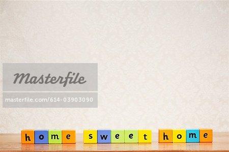 Alphabet blocks orthographe home sweet home