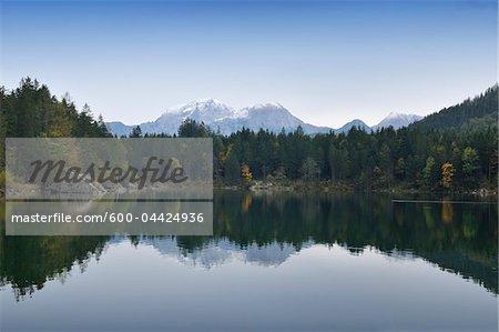 Lac Hintersee, Parc National de Berchtesgaden, en Bavière, Allemagne