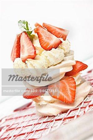 Strawberry Cream Meringue desert pavlova