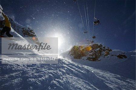 Remontées mécaniques et Bright Sun, mont Whistler, Whistler, Colombie-Britannique, Canada