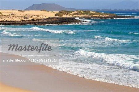 Espagne, Canaries, parc naturel de Corralejo, plage de verre