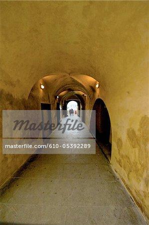 Passage de la République tchèque, Prague, de l'église de notre dame avant place staromestske Tyn