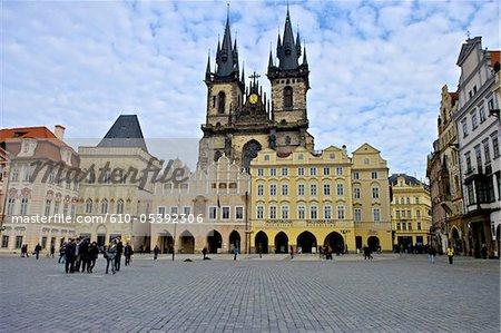 République tchèque, Prague, staromestske carrés, église Notre-Dame avant Tyn