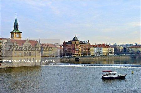République tchèque, Prague, bateau sur la Vltava