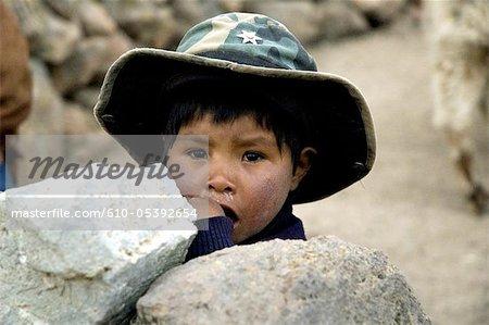 Pérou, canyon du Colca, enfant