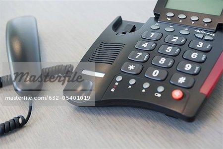 Receiver off landline phone