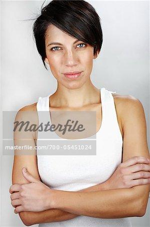 Porträt der Frau im Studio