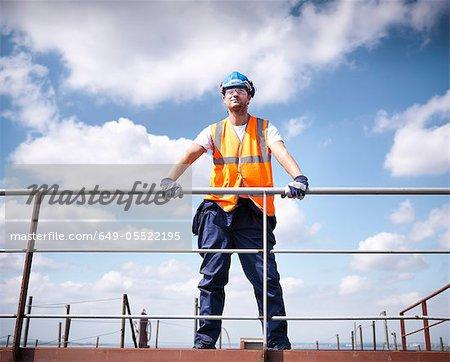 Travailleur permanent sur le navire