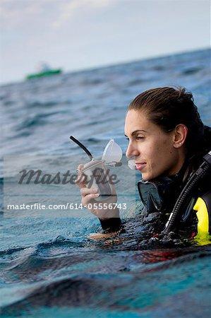 Marine emergency device
