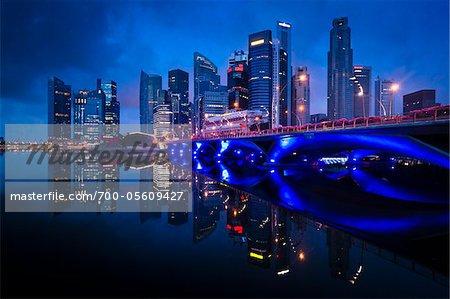 Bridge et le quartier financier, région centrale, Singapour