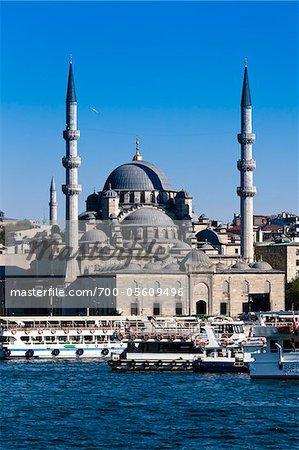Yeni Camii Mosque, Eminonu, Istanbul, Turkey
