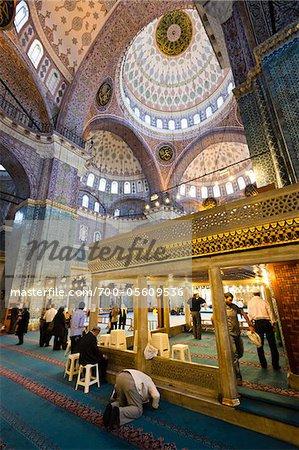 Intérieur de Yeni Camii mosquée, Eminonu, Istanbul, Turquie