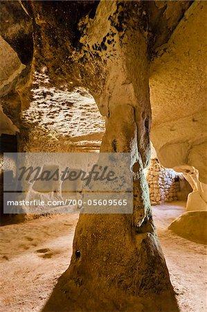 Innere der Wohnung, Zelve Ausgrabungsstätte, Kappadokien, Türkei