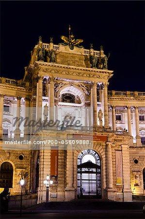 Hofburg Palace in der Nacht, Wien, Österreich