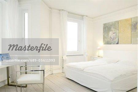 Schlafzimmer mit landwirtschaftlich genutzten Fläche