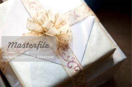 Gros plan de cadeaux de mariage, Muskoka, Ontario, Canada