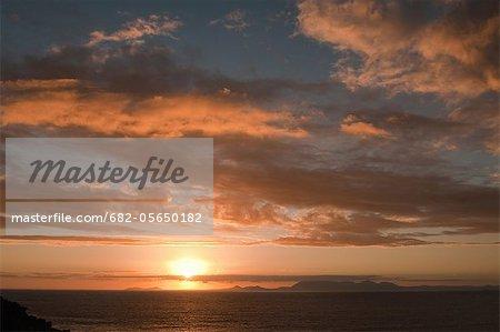 Coucher de soleil sur False Bay, Cape Town, Western Cape Province, Afrique du Sud