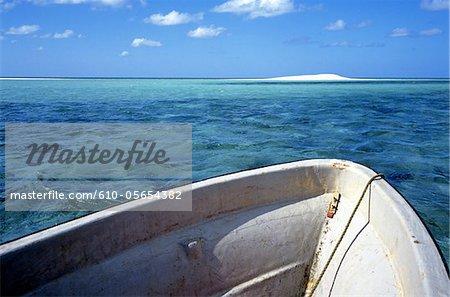Mayotte, plage de sable blanc de Sazile
