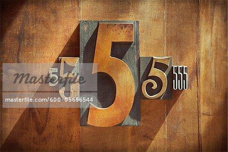 Typographie de 5