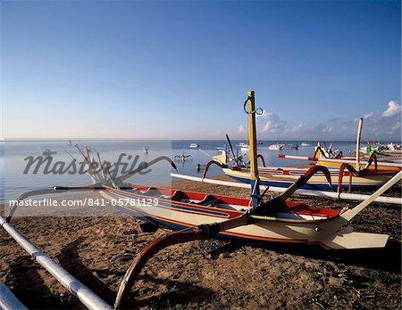 Outriggers on Sanur Beach, Bali, Indonesia, Southeast Asia, Asia