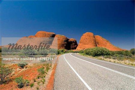 Les Olgas, monolithes de grès dur, près de Uluru (Ayers Rock), Parc National d'Uluru-Kata Tjuta, patrimoine mondial de l'UNESCO, Northern Territory, Australie, Pacifique