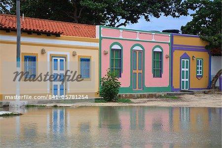 Bunte Häuser, Gran Roque, Nationalpark Archipel Los Roques, Venezuela, Südamerika