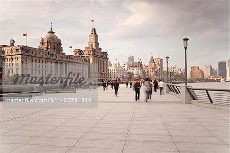 Der Bund, die Promenade entlang dem Fluss Huangpu, Shanghai, China, Asien