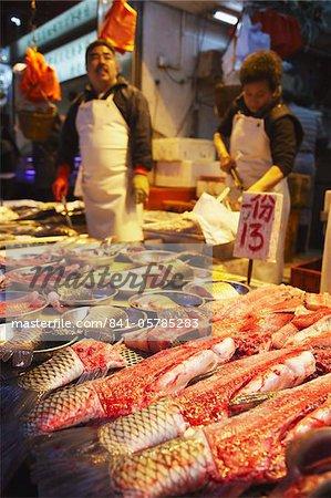 Seafood stall at wet market, Causeway Bay, Hong Kong, China, Asia
