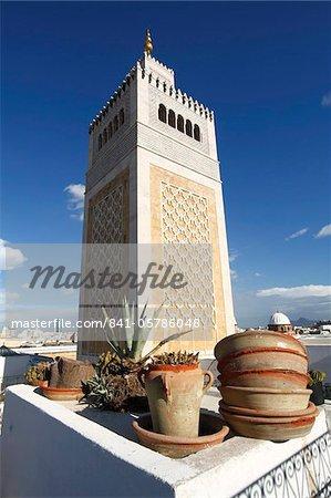 Minaret of the Great Mosque (Jamaa el Zitouna), Medina, UNESCO World Heritage Site, Tunis, Tunisia, North Africa, Africa