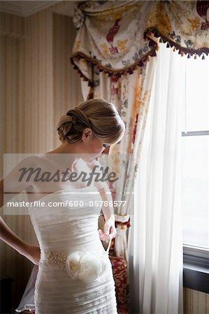 Mariée se prépare