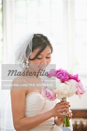 Regarder le Bouquet de la mariée