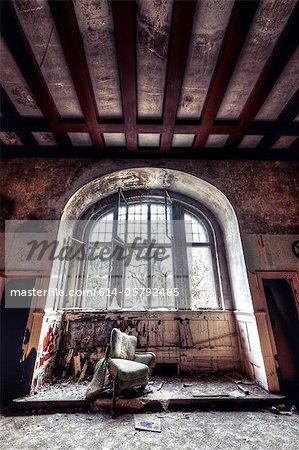 Verfallene Interieur des Sanatorium Teupitz, Brandenburg, Deutschland