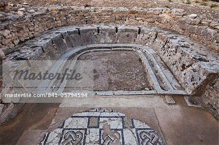 Roman ruins, Dougga Archaeological Site, UNESCO World Heritage Site, Tunisia, North Africa, Africa