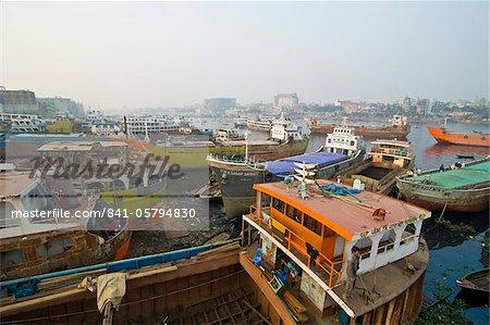 View over the wharf of Dhaka, Bangladesh, Asia