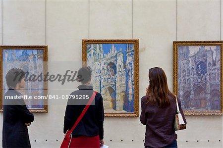 Visiteurs du Musée d'Orsay, Paris, France, Europe