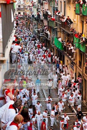 Laufen der Stiere, San Fermin Festival, Pamplona, Navarra (Navarra), Spanien, Europa