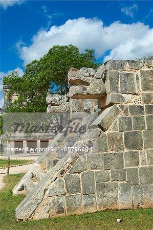 The snake's head in ancient Mayan ruins, Chichen Itza, UNESCO World Heritage Site, Yucatan, Mexico, North America