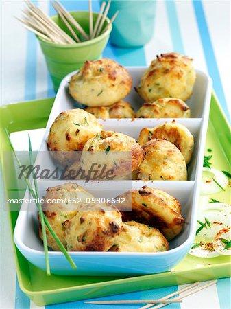 Bouchées de jambon et ciboulette raw purée de pommes de terre, Emmental,