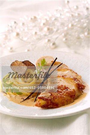 Poule de Poulard avec sauce à la crème aromatisé à la vanille